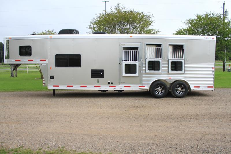 2018 Exiss 3 Horse with 10.5ft Shortwall with Hydraulic Jack