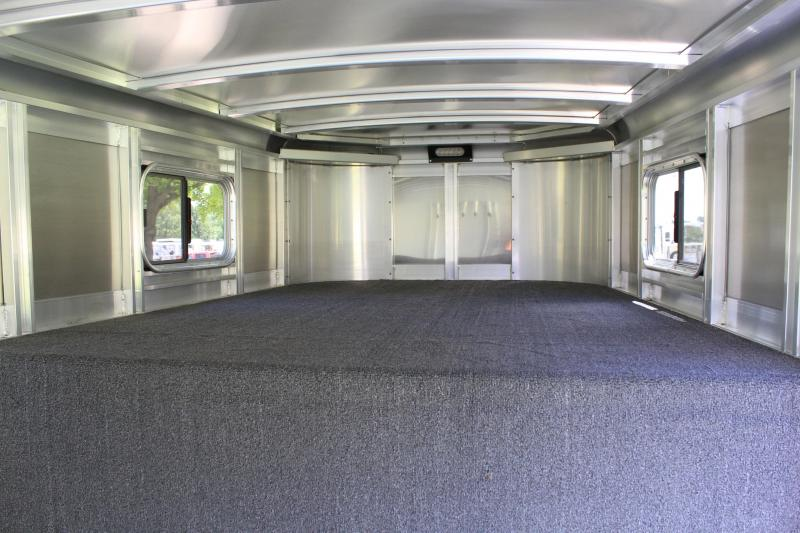 2019 Sooner 24ft 24ft Show Cattle Combo 4 Pens and Rear Ramp