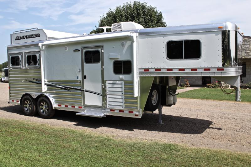 2020 Elite 2 Horse with 8.8ft Shortwall with Hayrack