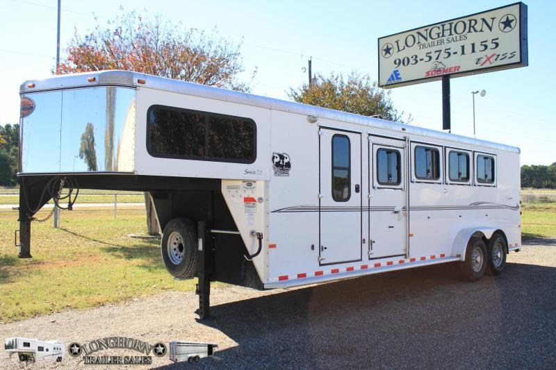 2007 Sundowner  4 Horse Big Front Tack
