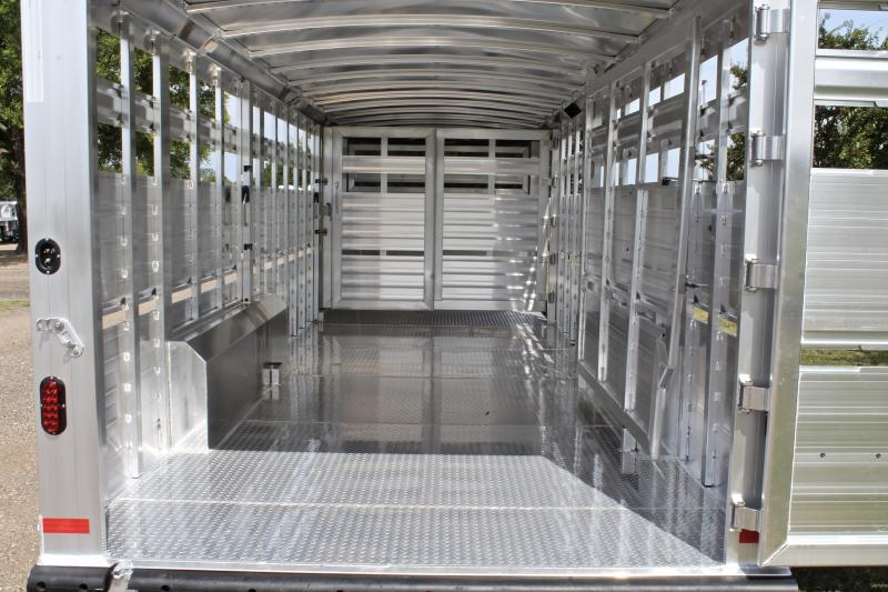 2019 Elite 24ft x 8ft Show Stock with Side Ramp