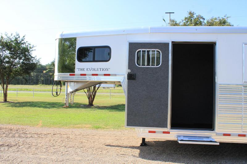 2017 Bloomer 6 Horse with Trainer Style Tack Room
