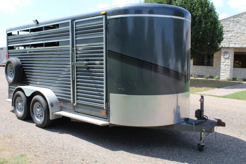 2007 Featherlite 3 Horse Combo Bumper Pull with AC