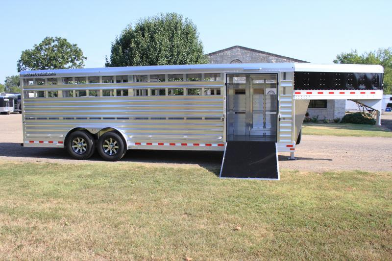 2019 Elite  8 x 24 Show Stock with Side Ramp and Float Gate