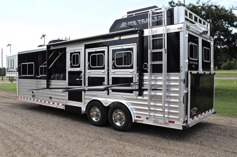 2016 Elite 3 Horse 12.8ft Shortwall with Generator