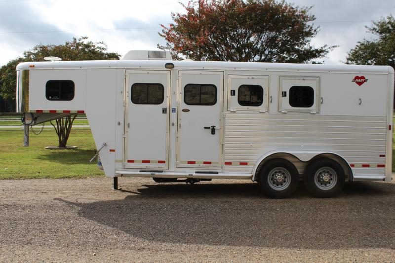 2006 Hart 3 Horse with 4ft Weekend Package