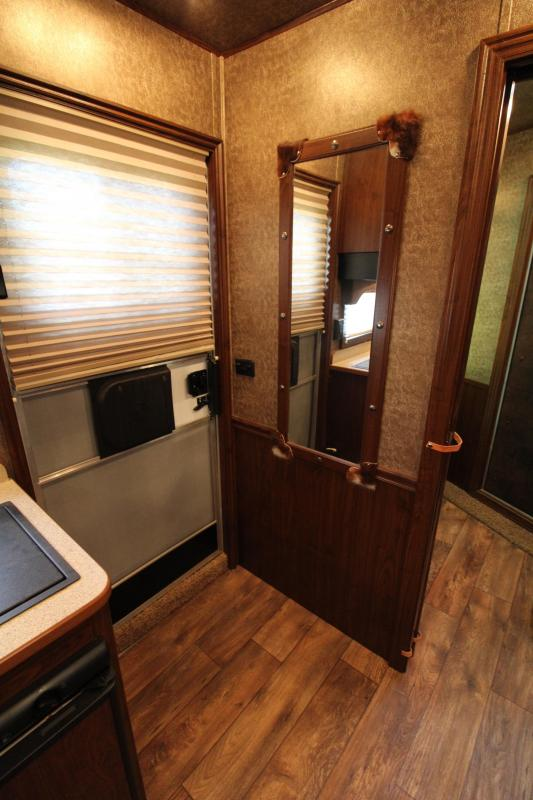 2013 Exiss 3 Horse 8ft Living Quarter with Midtack Horse Trailer