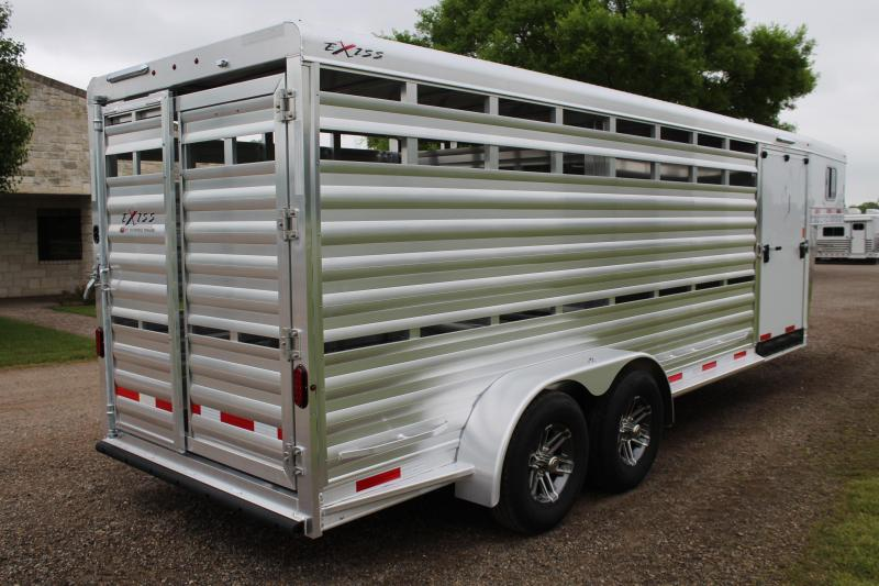 2019 Exiss 21ft Show Cattle w/ Side Ramp in Tack Room