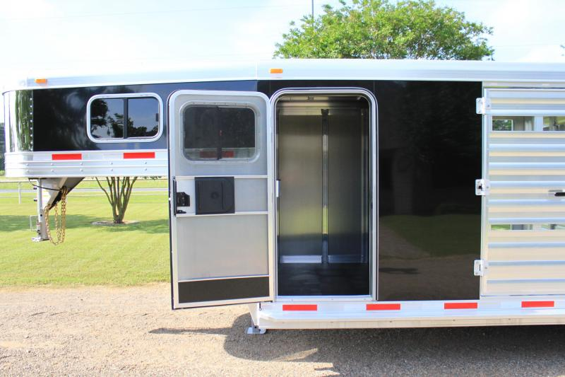 2019 Exiss 24ft Stock Combo with Side Ramp in Stock