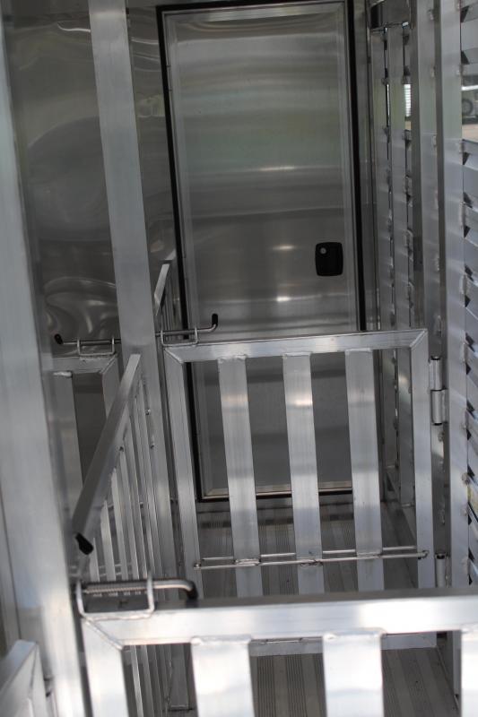 2019 Exiss  15ft Low Pro BP 6 Pen / Rear ramp