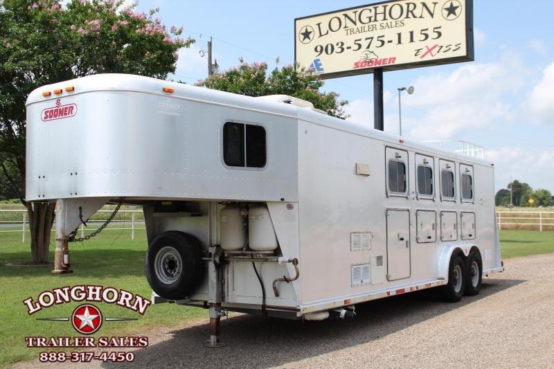 1996 Sooner 4 Horse with 7ft Weekender Living Quarter Horse Trailer