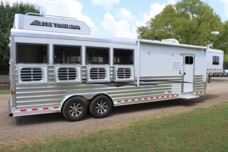 2020 Elite 4 Horse 10'8'' Shortwall w/ Generator