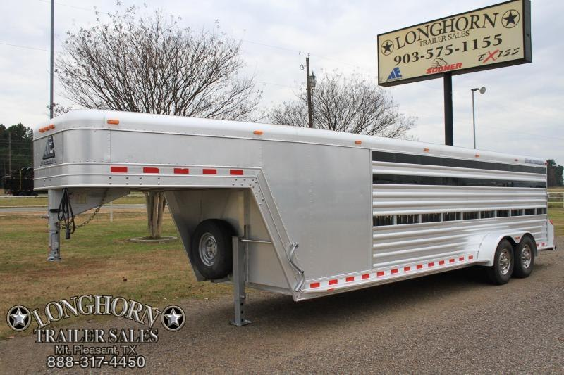 2009 Elite 24 Low-Pro Combo 10 pen Livestock Trailer