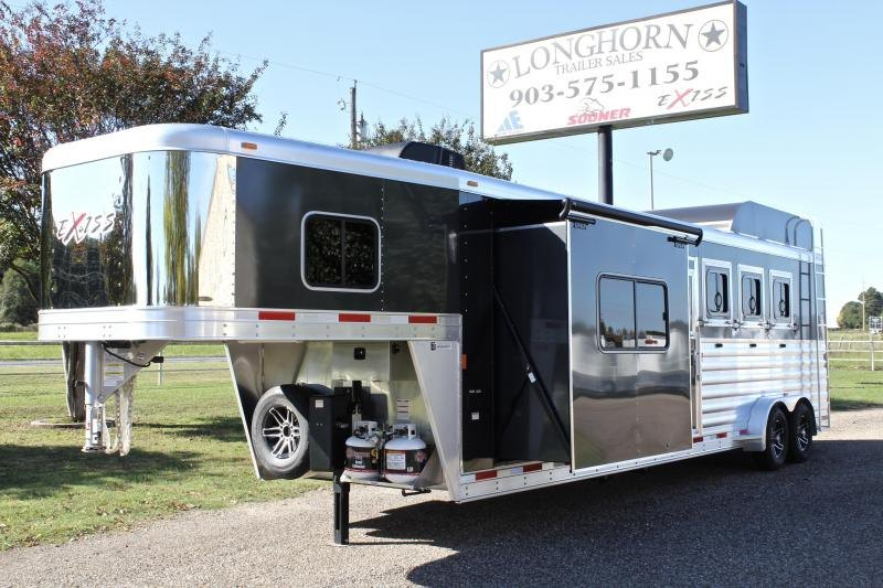 2019 Exiss 4 Horse 10ft LQ w/ Slide Out and Hayrack