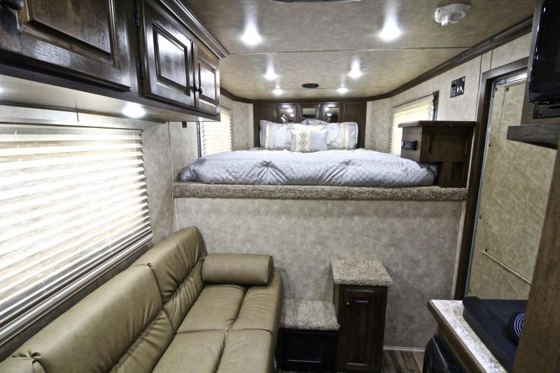 2019 Sundowner Santa Fe 3 Horse 6ft Shortwall