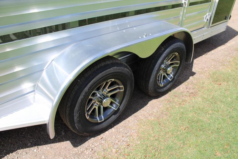 2020 Exiss  15ft Low Pro BP 6 Pen / Rear ramp