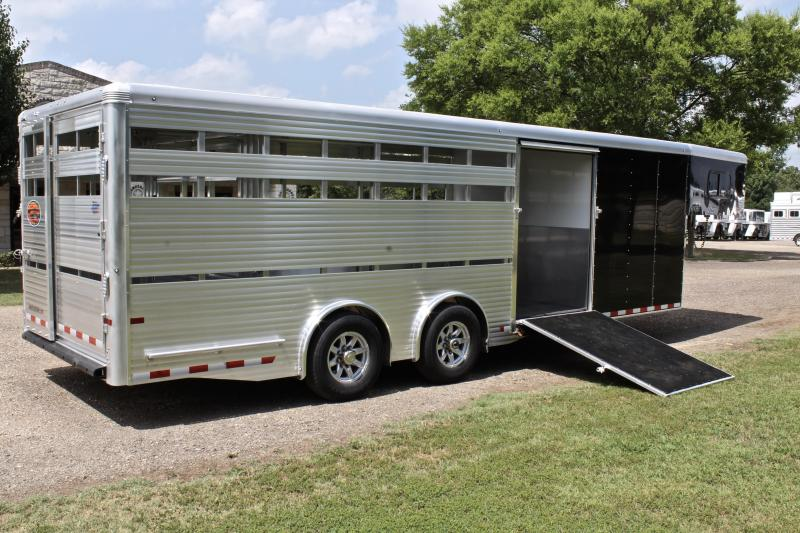 2019 Sundowner 24ft Show Cattle 8ft Wide with Floating Gate Livestock Trailer