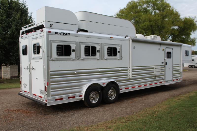 2009 Platinum Coach 3 Horse 14ft LQ by Outlaw Horse Trailer
