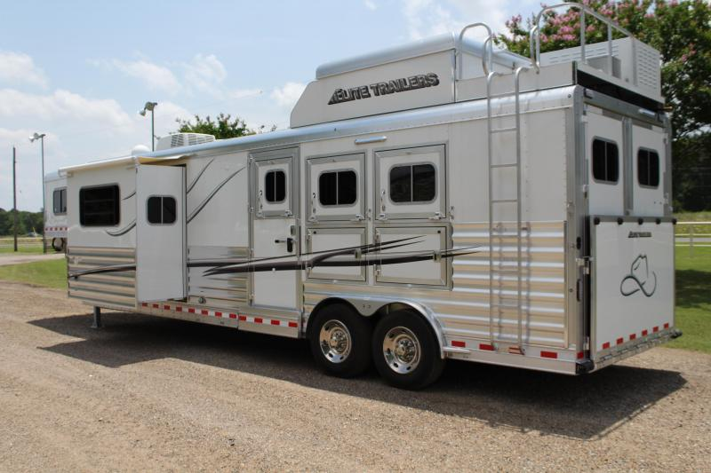 2020 Elite Trailers 3 Horse 14ft Living Quarter by Trail Boss Horse Trailer