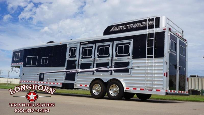 2017 Elite 4 Horse 13.8ft Shortwall with Sofa/Half Dinette