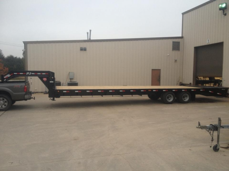 2014 PJ Trailers Classic Flatdeck with Duals 305 Flatbed Trailer
