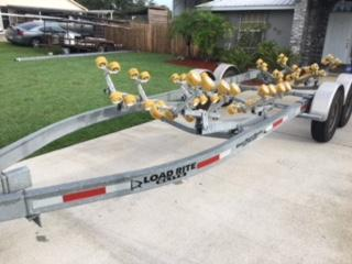 2014 Load Rite 26-28ft boat trailer