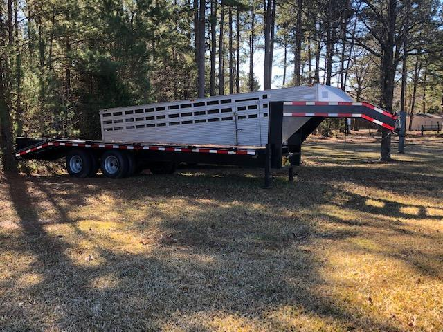 "2018 Carry-On 102"" x 25' Gooseneck Flatbed"