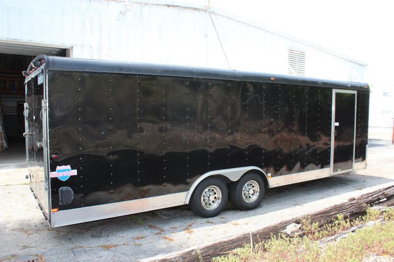 2011 Interstate Pro-Series 8.5 x 24 Enclosed Race Car Trailer in Ashburn, VA