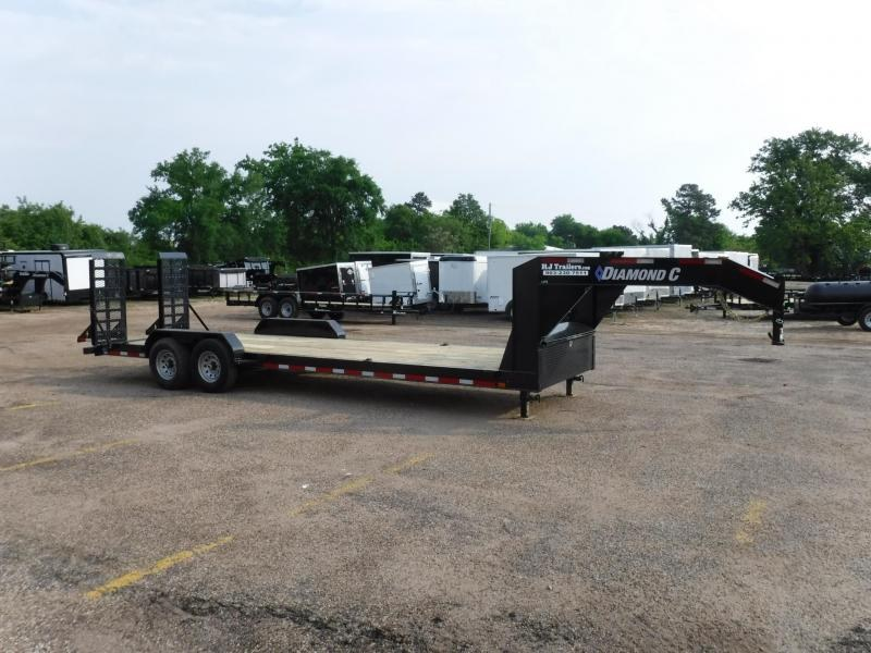 2019 Diamond C 82x24 LPX207 Gooseneck Equipment Trailer in Dierks, AR