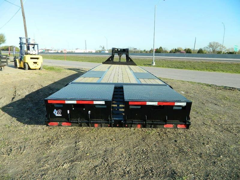2018 Diamond C Trailers 102x32 FMax210 Gooseneck Utility Trailer