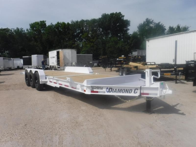 2018 Diamond C Trailers 82 x 25 HDT307 Equipment Trailer