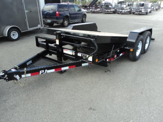"2018 PJ Trailers 16'x6"" Channel Equipment Tilt Trailer"