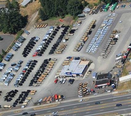 """2019 Load Trail 7X14 14K Tandem Axle Dump 24"""" sides/3 Way Gate (w/scissor lift)"""