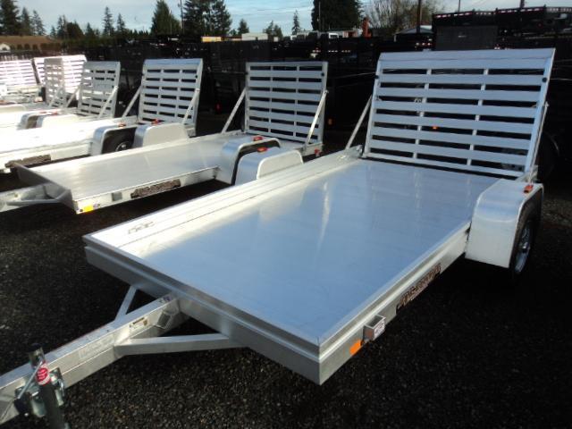2017 Aluma 6810 Utility trailer