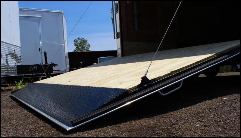 2018 Sure-Trac 8.5x20 10K Landscape Pro Enclosed Cargo Trailer