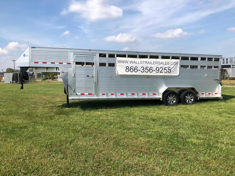 2018 Barrett SSGN - 247066 Livestock Trailer