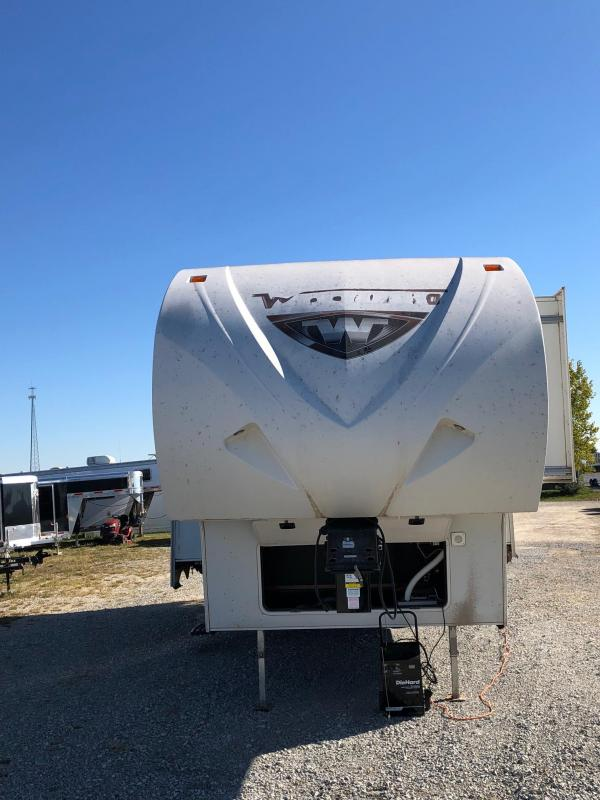 2013 Winnebago Lite Five