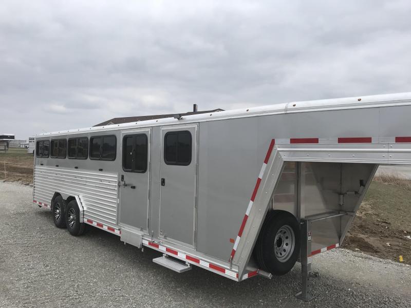 2018 Frontier 10 pen trailer Livestock Trailer