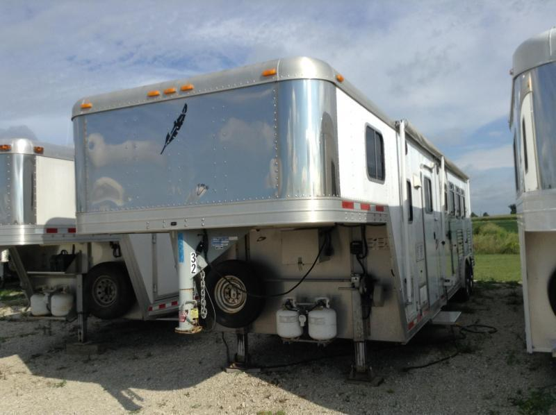 2003 Featherlite 8581 LQ 4 Horse Trailer - PRICE REDUCED