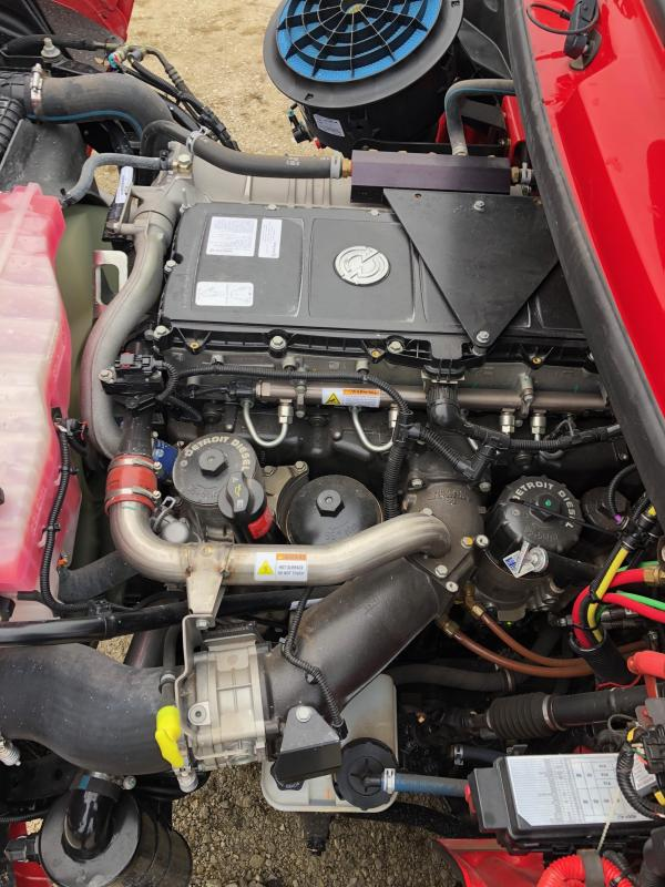 2013 SportChassis M2 Sport 112 RHA-450 Truck