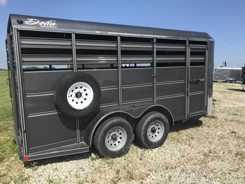 2014 Delta 500 ES Livestock Trailer