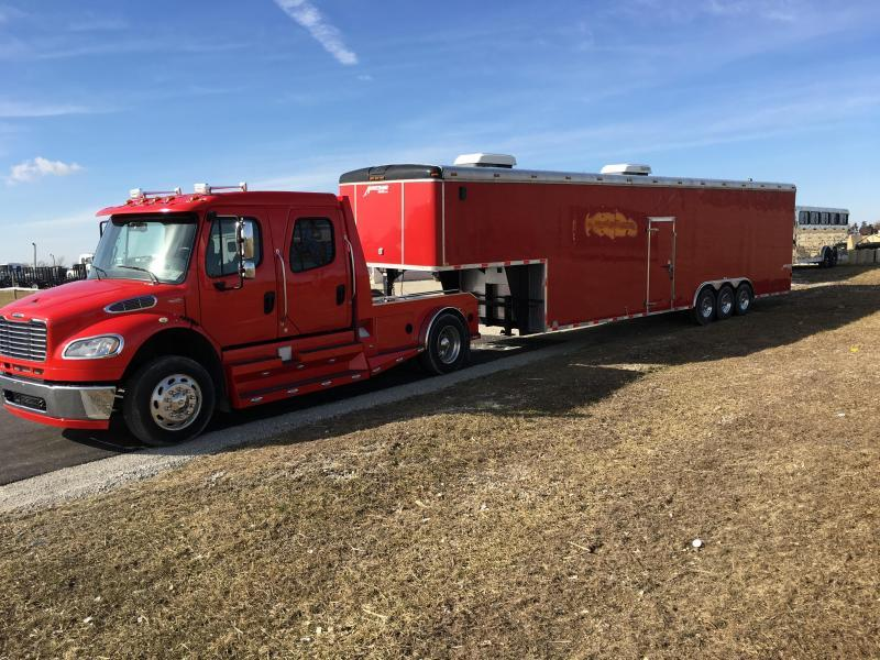 2010 Homesteader Inc. G40H3 Enclosed Cargo Trailer