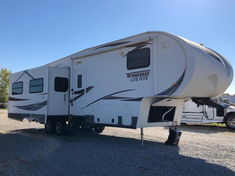 Fifth_wheel for sale