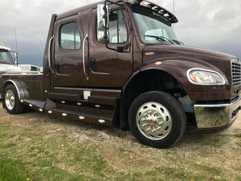 2015 SportChassis RHA114 Freightliner M2 106 Truck