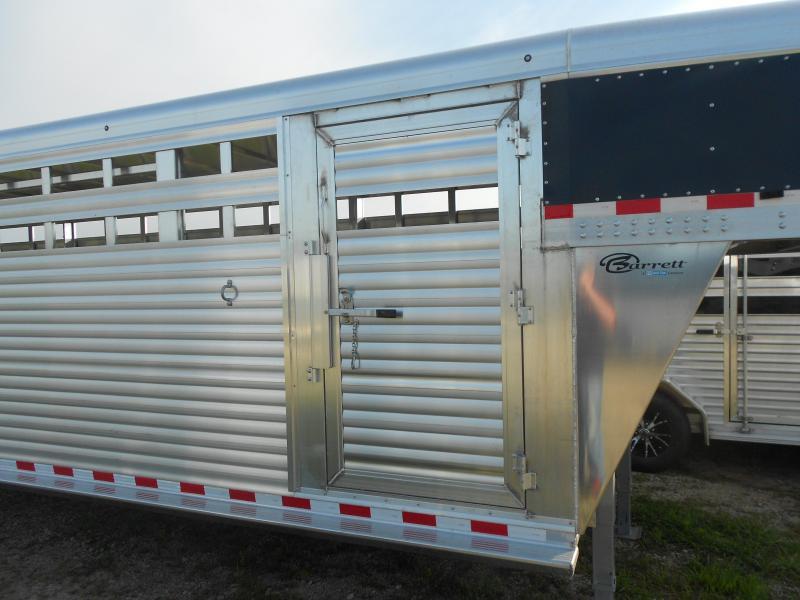 2018 Barrett Trailers SSGN-307066 Livestock Trailer