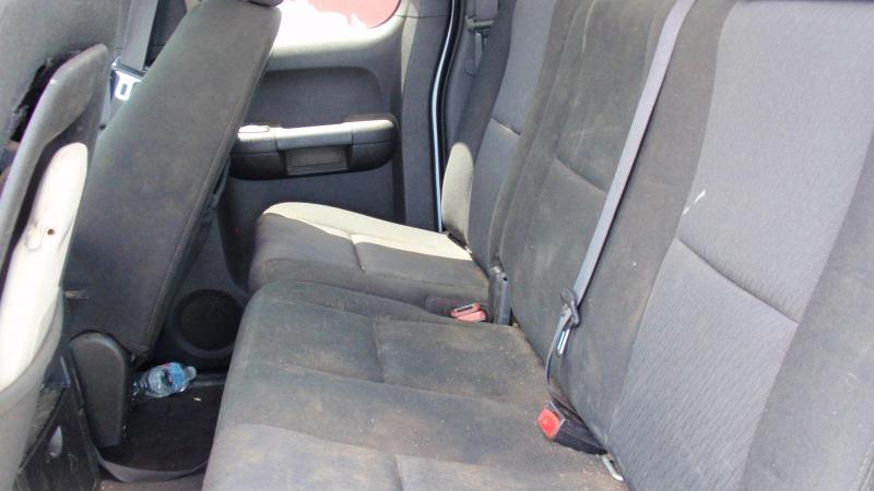 2010 CHEVY SILVERADO 1500 4X4 EXT. CAB Truck
