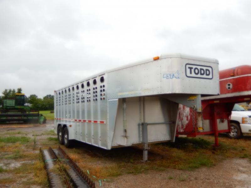 2004 Willson STOCK TRAILER Livestock Trailer