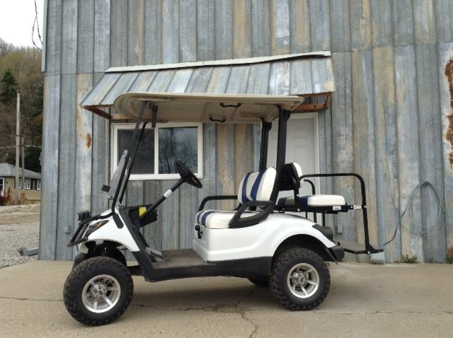 2016 Yamaha Drive YDRA 4 Seat Golf Cart in Ashburn, VA