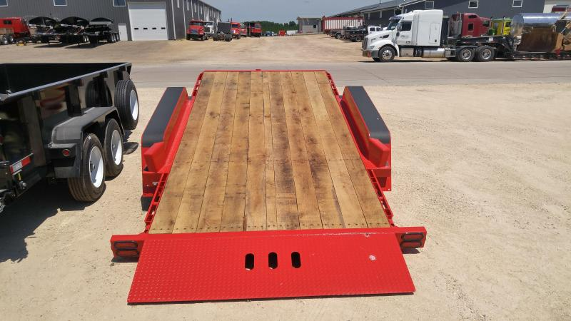 2019 Behnke TBCT2020ET-10K Equipment Trailer