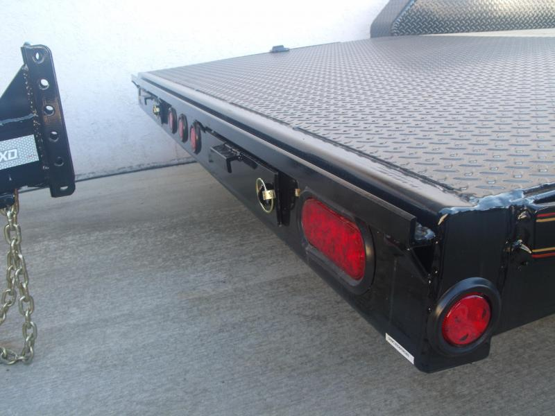 Car Hauler 83 X 18 Metal Dove 7000 GVW 4 WL Brakes